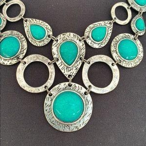 Ruby Rd. Jewelry - Necklace J811 Faux Turquoise Hammered Silver